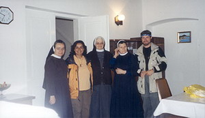 090 - Among equally nurturing friends of Fra Drago in the local convent